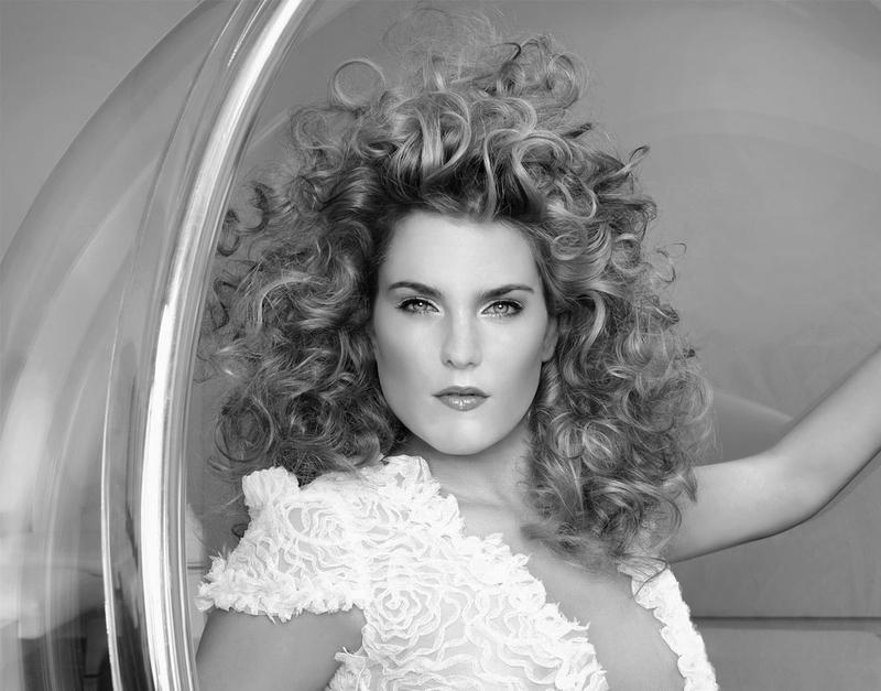 Rinus Hairstyle & Visagie Kapsalon - Foto's