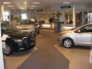 Autobedrijf Mazda Megens - Foto's
