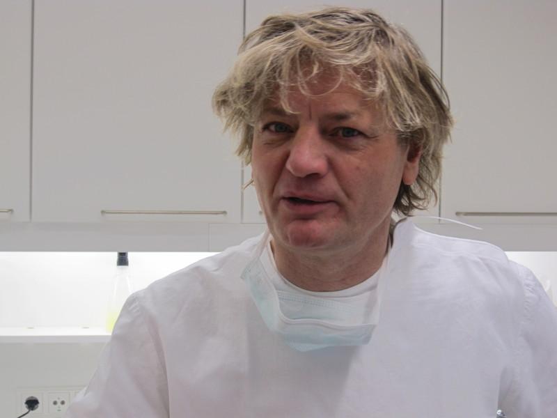 Kroft P P B M van der Tandarts Implantoloog - Foto's