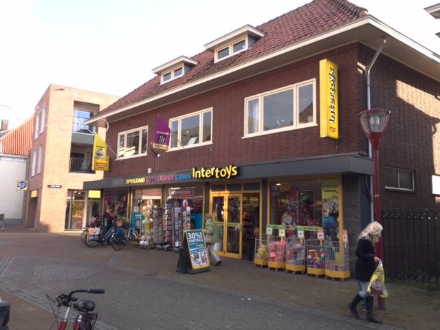 Boeijen Intertoys Van - Foto's