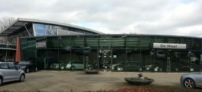 Volkswagen/Audi/ VW Bedrijfswagens Dealer De Waal - Foto's