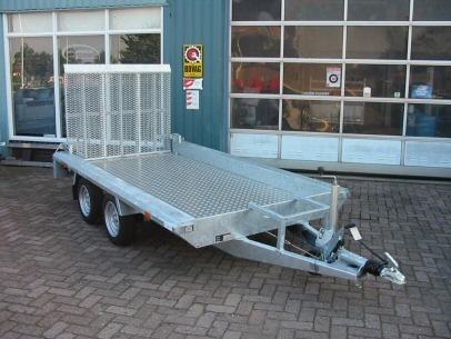 Autobedrijf Nieuwenhuis - Foto's