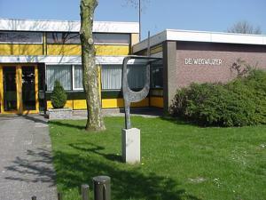 Wegwijzer Chr School De - Foto's