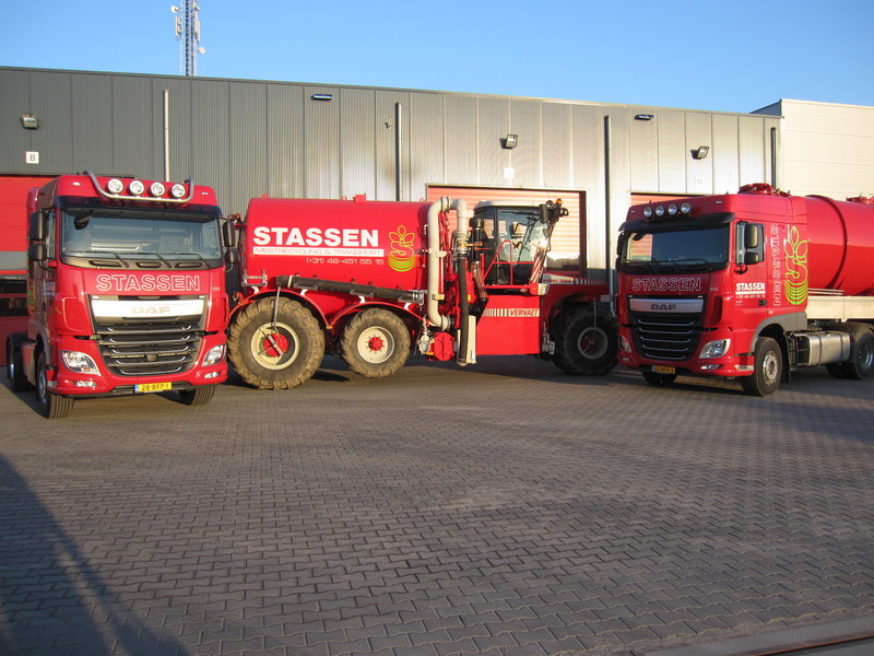 Stassen Mestrecycling & Transport - Foto's