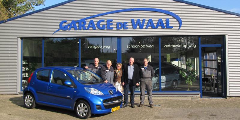 Garage de Waal - Foto's