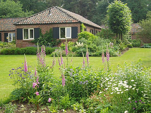 Juffertje In 't Groen Ontwerpbureau Tuinen Erven Plantsoenen - Foto's