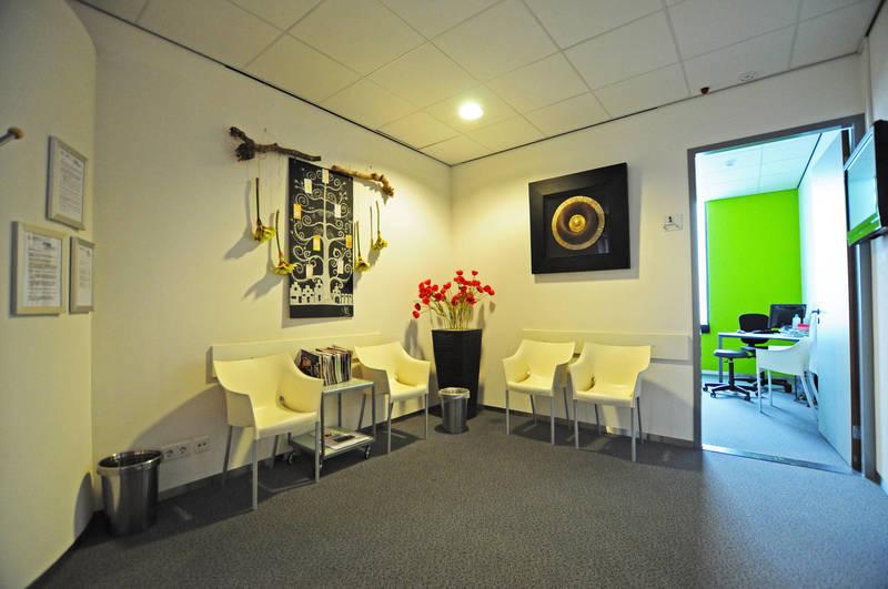 Manuele therapie en Fysiotherapie Nederweert Janssen - Foto's
