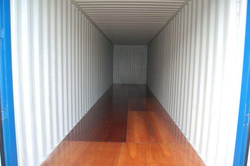Caravanstalling en Opslagcontainers Klaas Zeevaarder - Foto's
