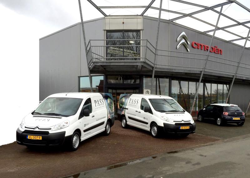 Oosterhof Auto BV - Foto's